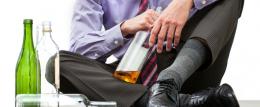 Precisamos conversar sobre alcoolismo na família